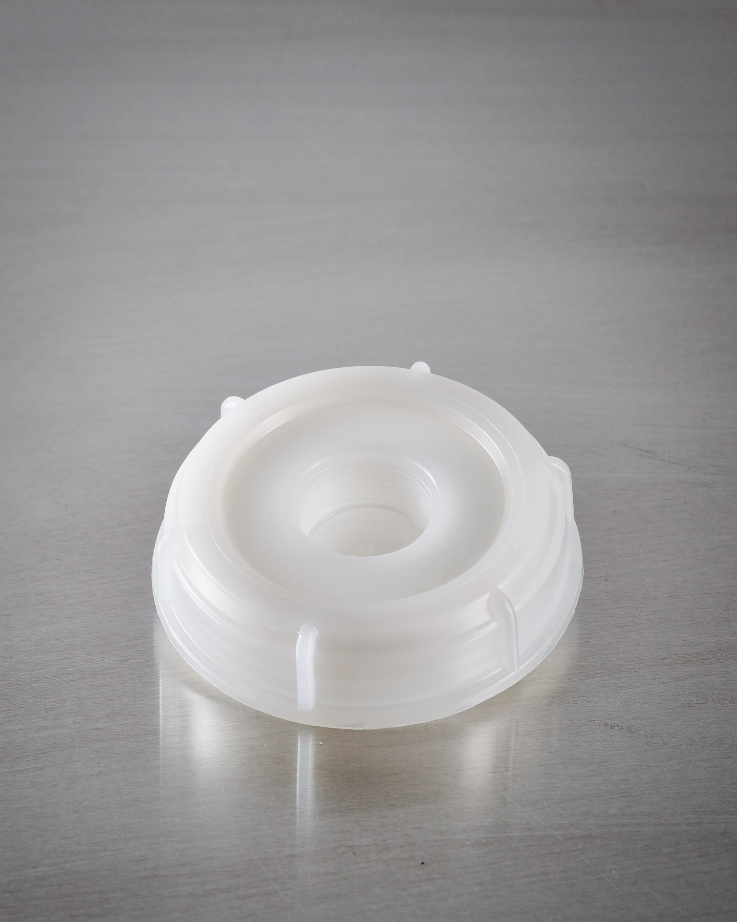Extra Seal Cap for Organic Alcohol Containers